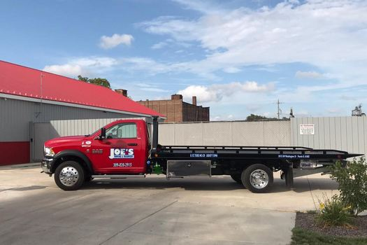 Box Truck Towing-in-Peoria-Illinois