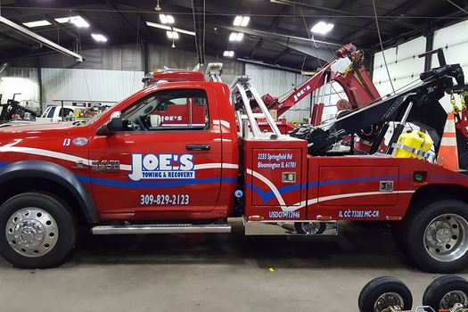 Flatbed Towing-in-Bloomington-Illinois