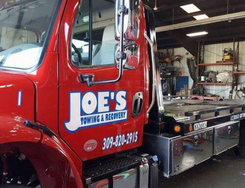 Semi Truck Towing in Creve Coeur Illinois